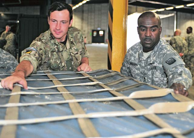 U.S., British Soldiers learn the details of deployment with MCT University