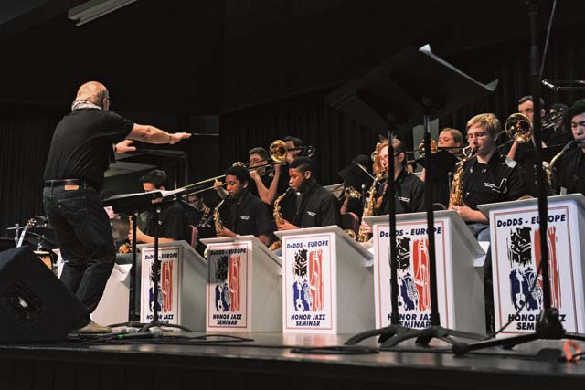 Students tune skills in honor jazz seminar