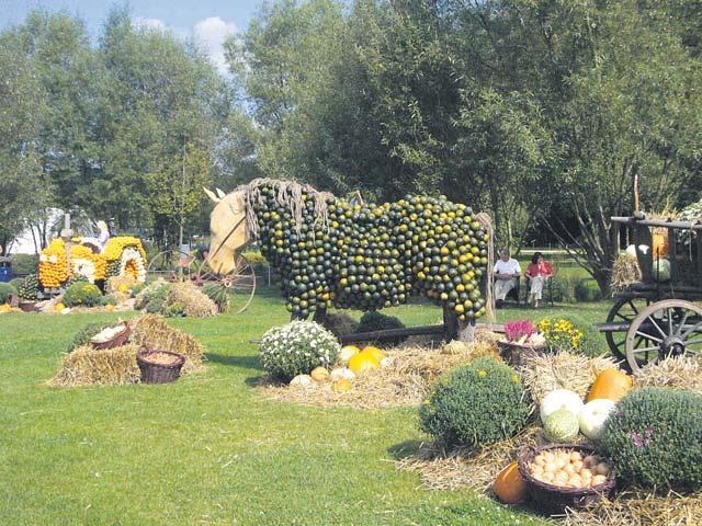 Gartenschau holds 'Wild West' pumpkin festival