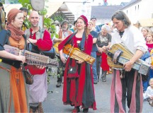 Courtesy photoThe medieval market in Bad Münster features musicians and jugglers who entertain the audience.