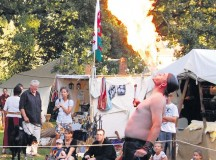 Fire-eaters, jugglers and musicians will perform at the medieval market in Matzenbach Saturday and Sunday.
