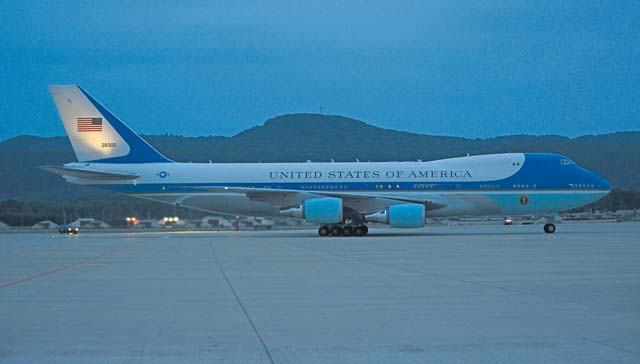 Team Ramstein services Air Force One