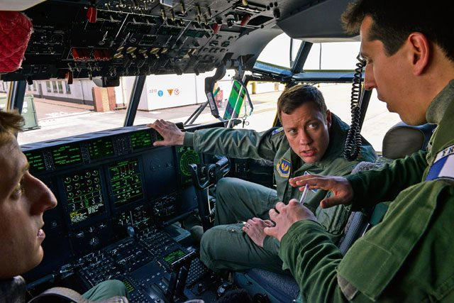 Ramstein Airmen familiarize French air force on US C-130s