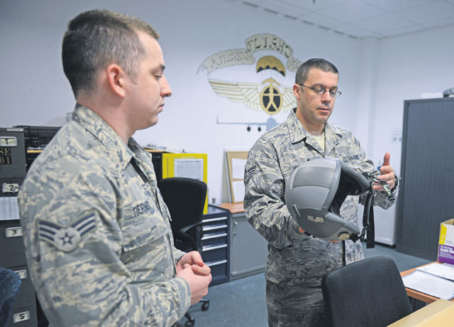 313th EOSS supports AMC missions transiting Ramstein