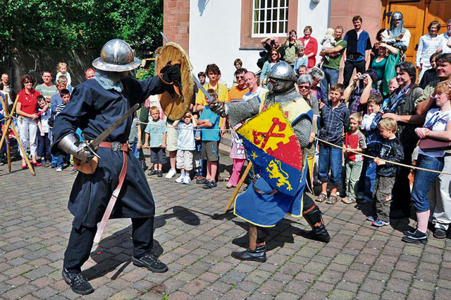 Annweiler honors Richard the Lionheart with medieval fest
