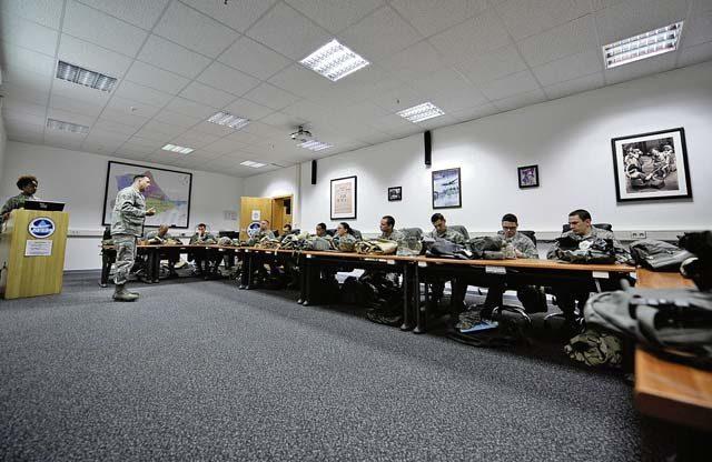 Airmen participate in CBRN defense course - Kaiserslautern