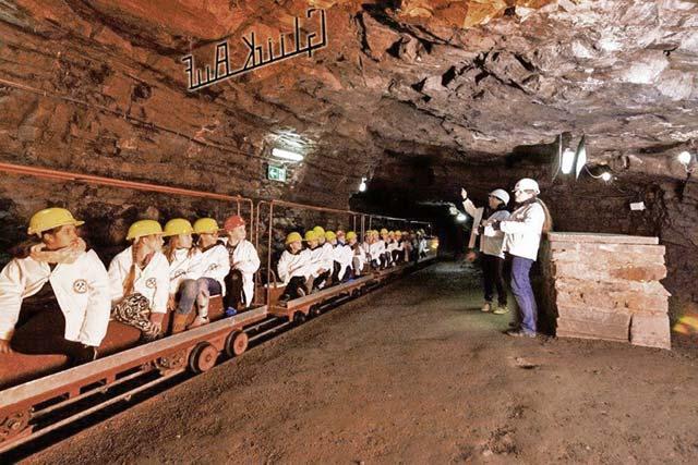 Wolfstein Lime Mine offers underground trips, wine tasting