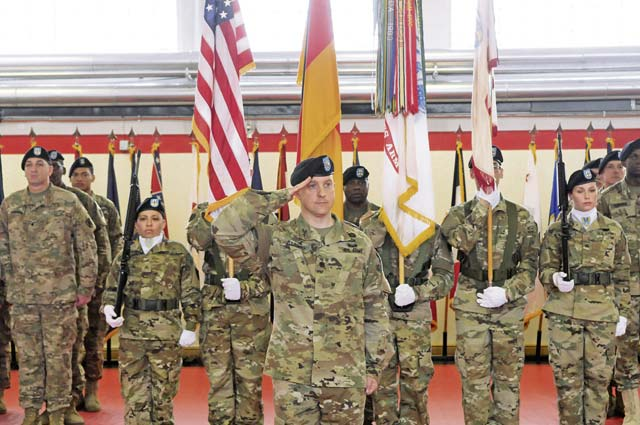 21st Special Troops Battalion changes command in ceremony