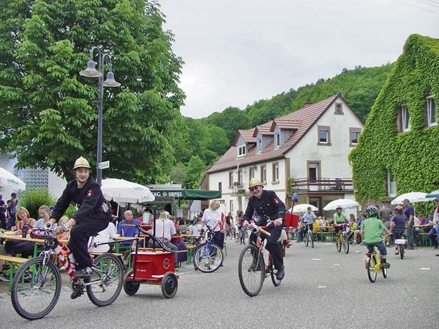 Car-free route leads from Landstuhl to Waldfischbach–Burgalben May 21