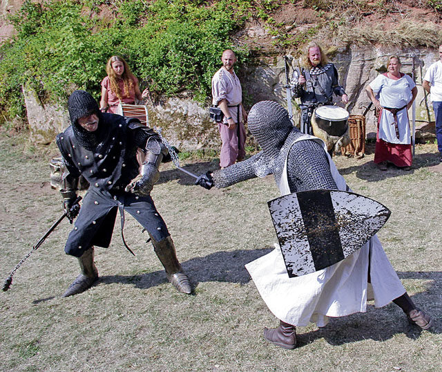 Graefenstein Castle hosts medieval fest