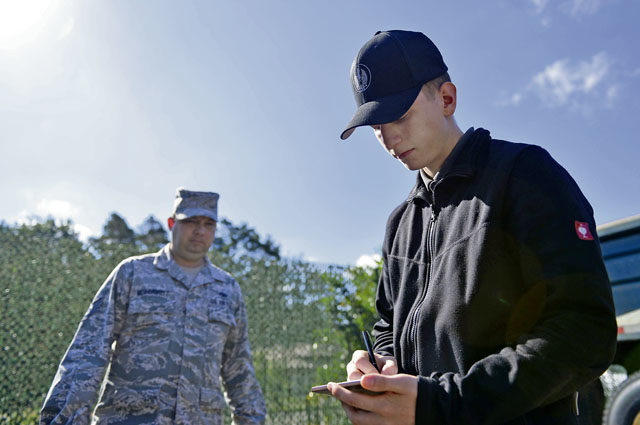 German apprentices keep Ramstein rolling
