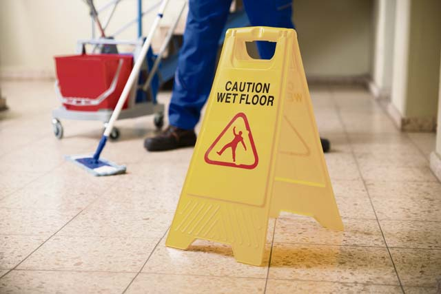 4 tips to avoid slips, trips & falls
