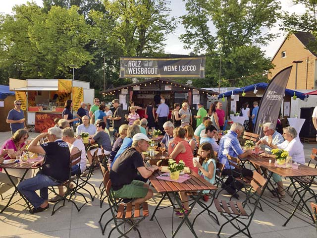 Wine village offers delicacies, music
