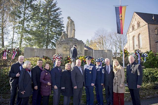 Ramstein participates in Volkstrauertag