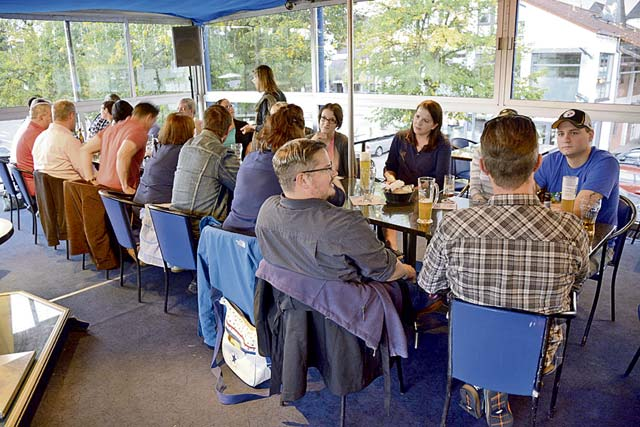 German-American Stammtisch highlights topics, starts discussions