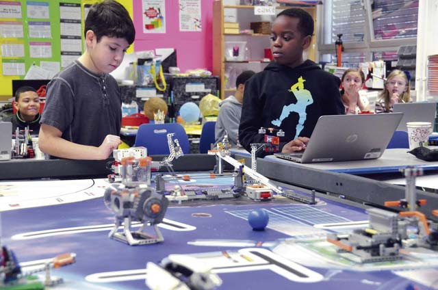 Smith Elementary School students compete in robotics challenge