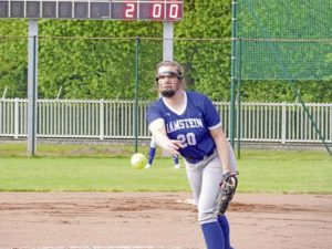 Softball teams split in final tune up for Euros