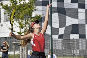 Kaiserslautern overwhelms Hohenfels in Tennis