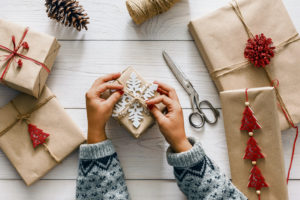 9 homemade gifts to warm your holidays